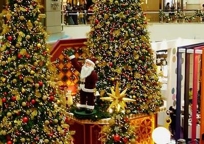 Santa Claus in der Mall