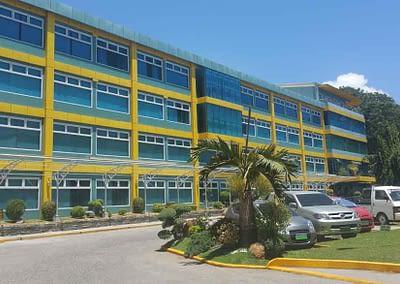 Siliman University Medical Center von aussen.